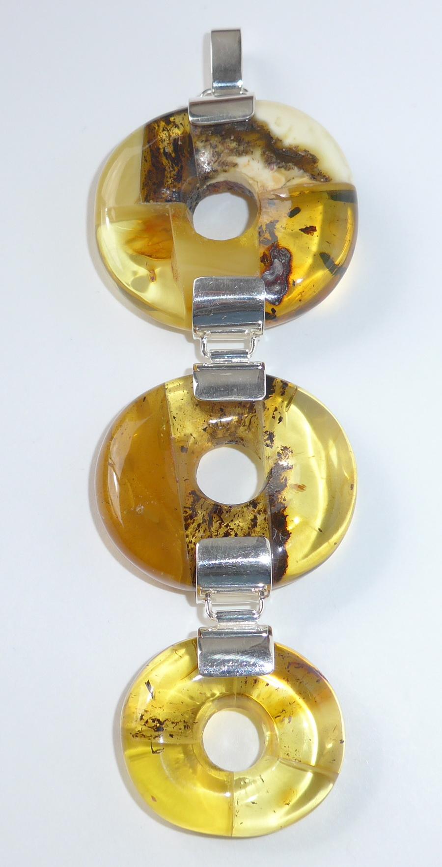 seltene baltische weisse bernsteine white baltic amber. Black Bedroom Furniture Sets. Home Design Ideas
